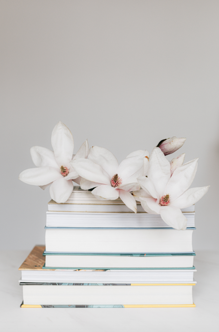 flowers-with-stacked-books